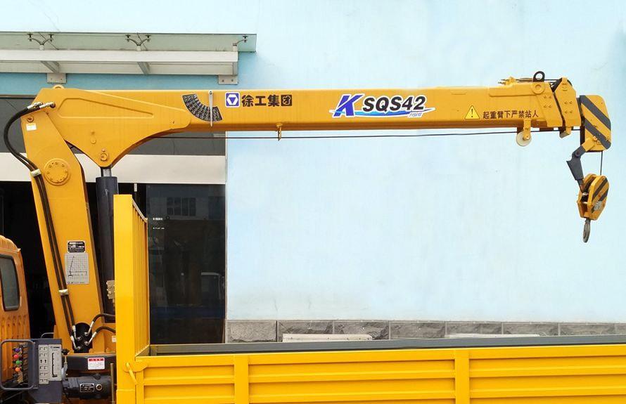 江铃2吨小型随车吊直臂吊机