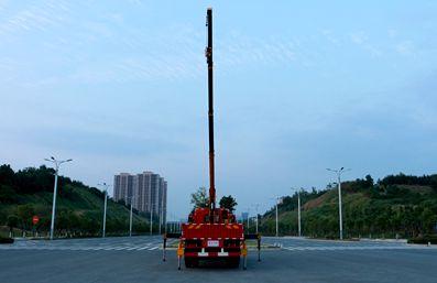 徐工6.3吨随车吊正车尾图片