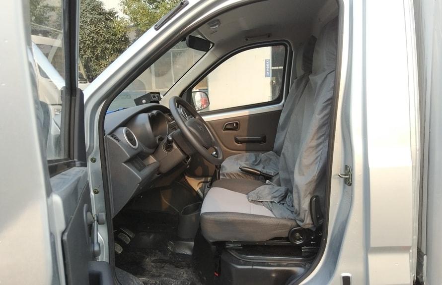 长安冷藏车驾驶室图片