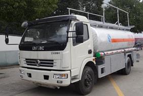 东风9吨铝合金油罐车