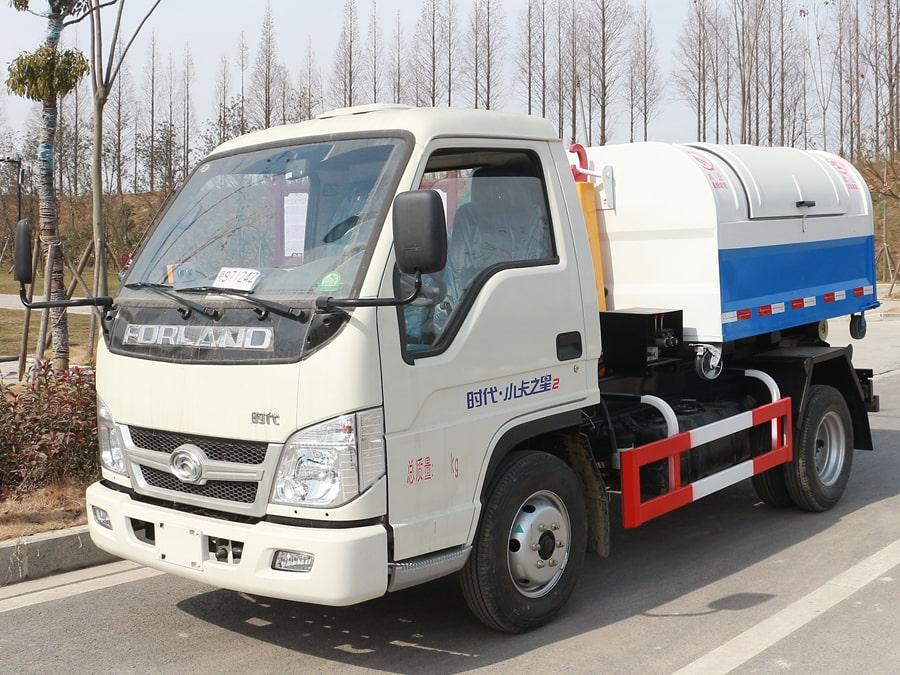 福田4方勾臂式垃圾车整车外观1