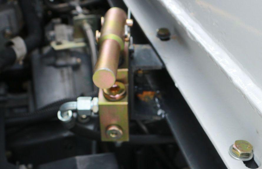 江铃扫路车手动泵应急系统