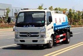 凯马5吨洒水车
