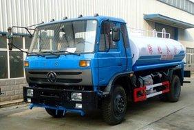 东风145 12吨洒水车