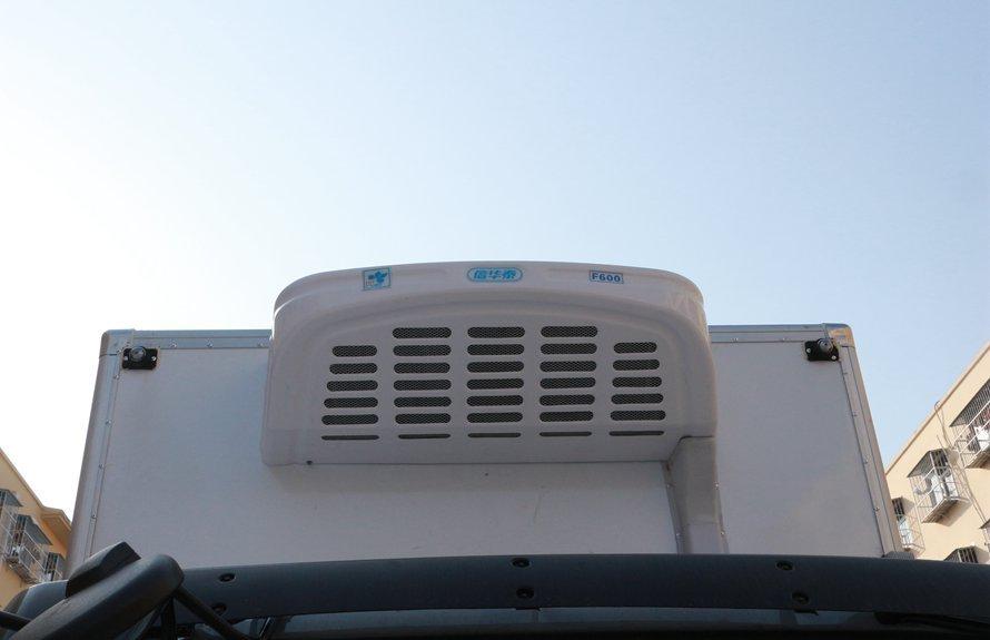 东风多利卡5.1米冷藏车冷凝器图片